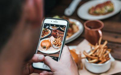 Nehmen wir zu, weil wir vor dem Bildschirm essen?